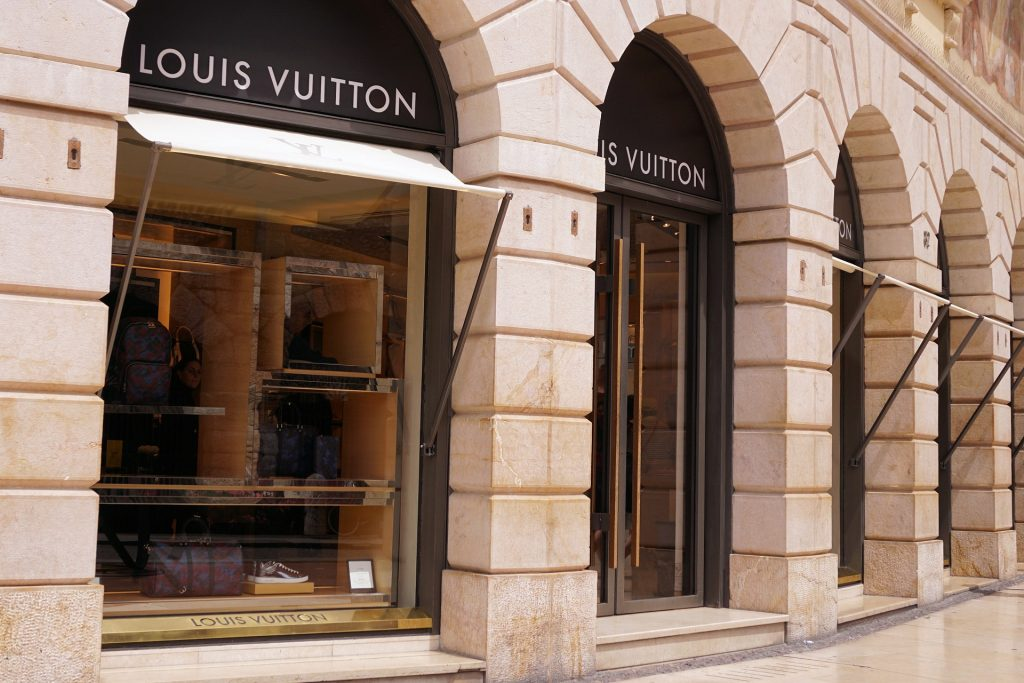 Cheap Louis Vuitton Products
